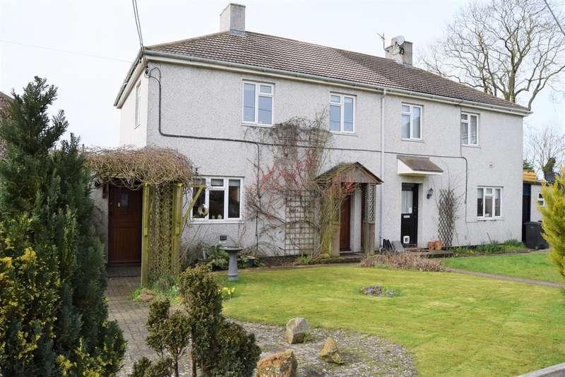 3 Bedrooms Semi Detached House for sale in Ogbourne St. George, Marlborough
