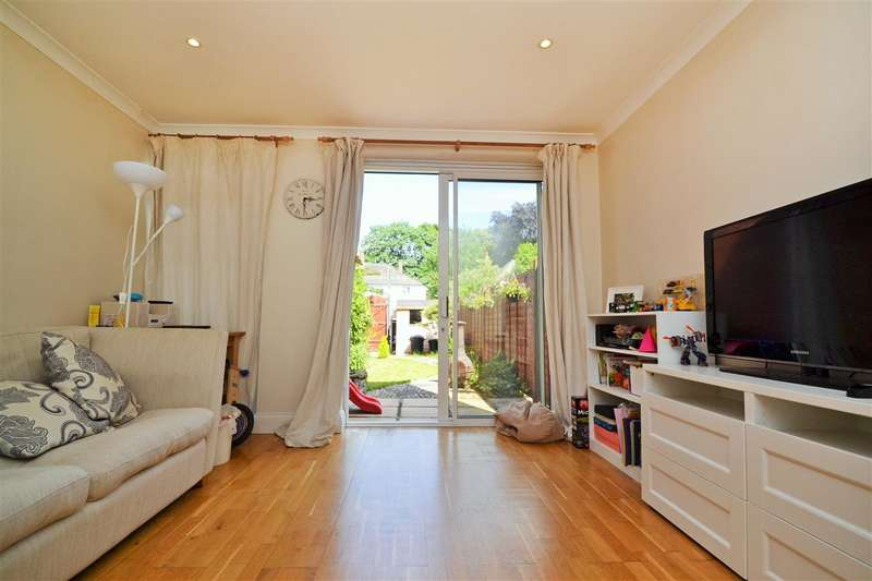 3 Bedrooms Terraced House for sale in Newnes Path, Putney