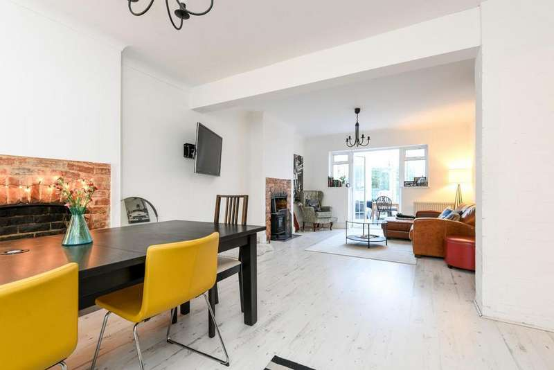 5 Bedrooms Semi Detached House for sale in Rochester Way, Blackheath, SE3