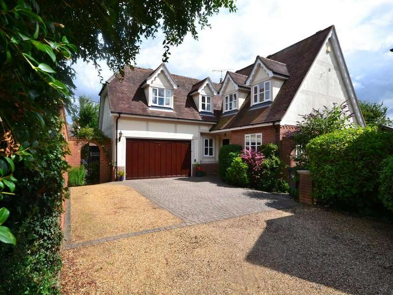 4 Bedrooms Detached House for sale in The Orchard, Braintree Road, Felsted, Dunmow, Essex, CM6