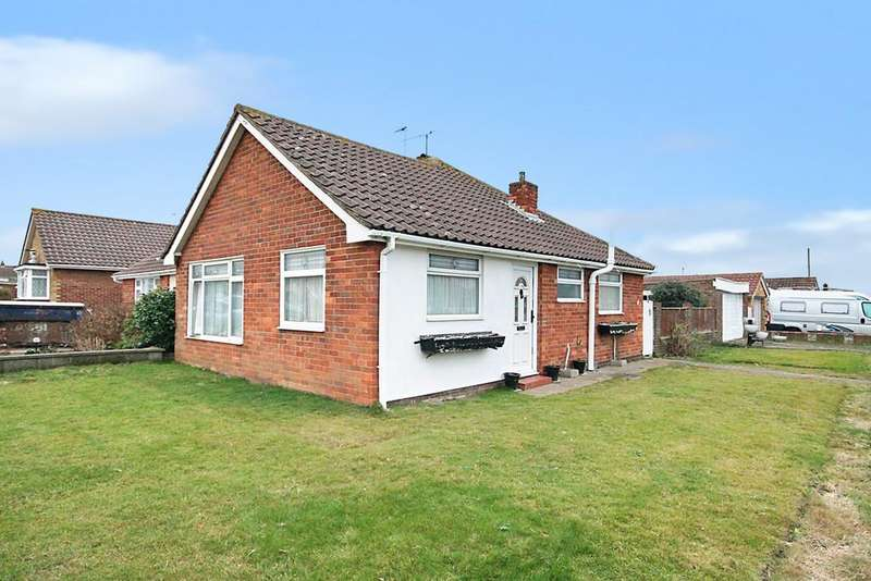 2 Bedrooms Semi Detached Bungalow for sale in Hammy Way, Shoreham-by-Sea, BN43 6GH