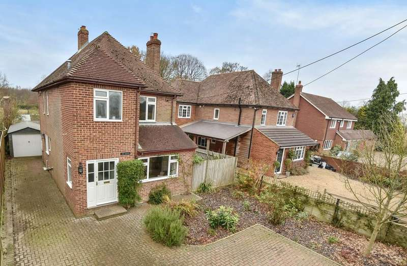 4 Bedrooms Detached House for sale in Ulcombe, Maidstone