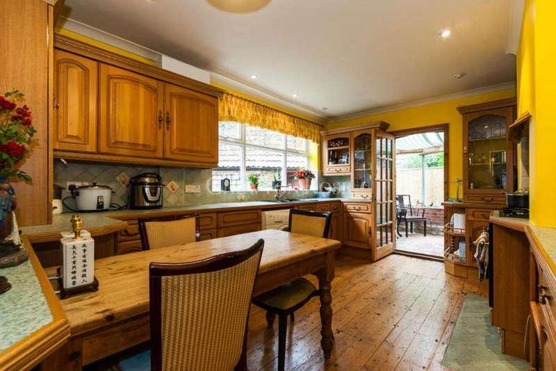 3 Bedrooms Cottage House for sale in Beech Hill Road, Sunningdale
