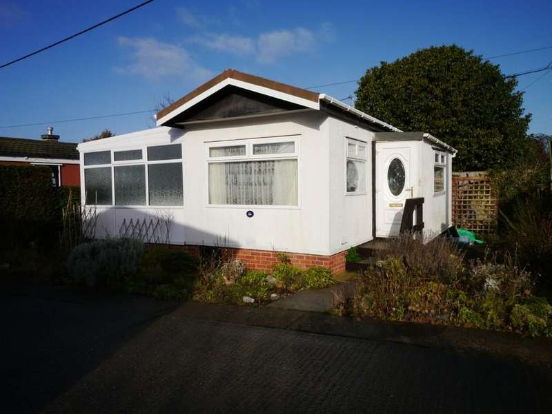 1 Bedroom Mobile Home for sale in The Beeches, Victoria Road, Oulton Broad, Lowestoft