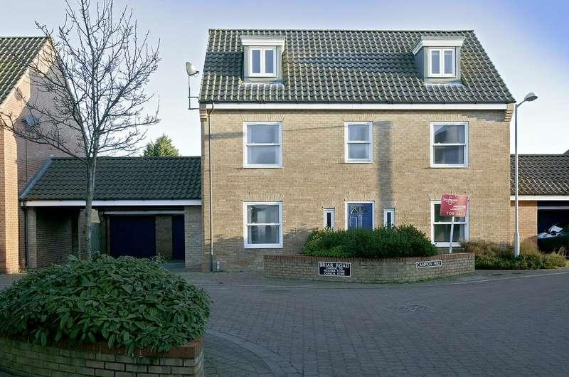 5 Bedrooms Link Detached House for sale in Hethersett