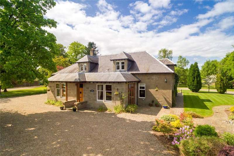 5 Bedrooms Detached House for sale in The Coach House, Moorfield, Bendochy, Blairgowrie, PH13