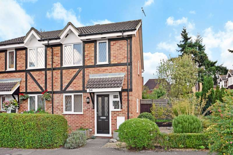3 Bedrooms Semi Detached House for sale in Old Fives Court, Burnham, Slough, SL1
