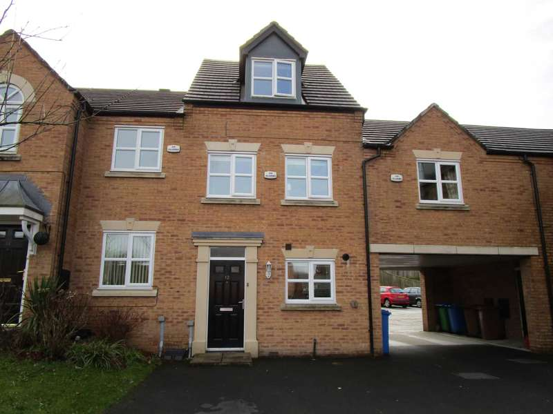 3 Bedrooms Town House for sale in Heys Close, Milnrow