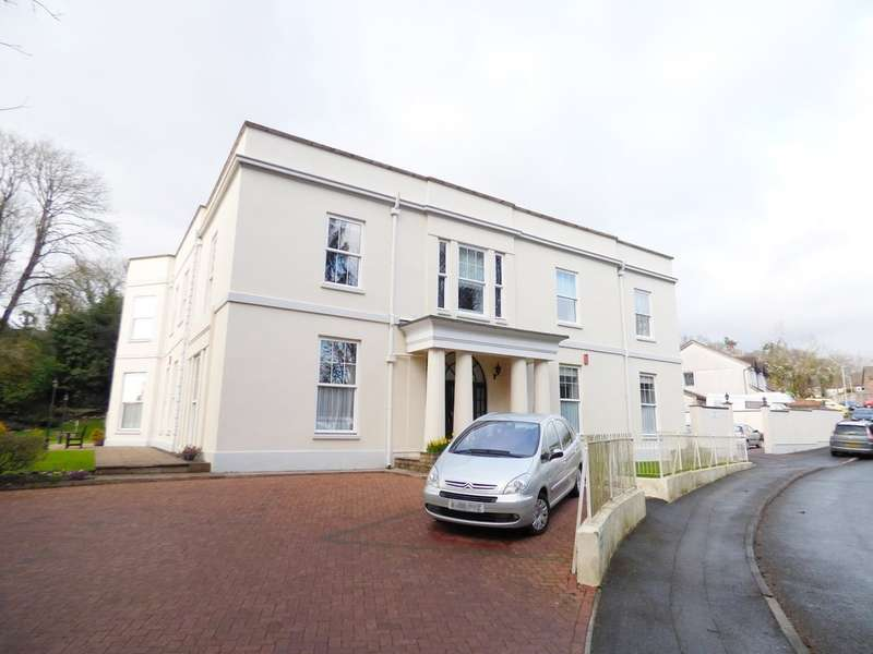 2 Bedrooms Flat for sale in Chaddlewood House, Plympton