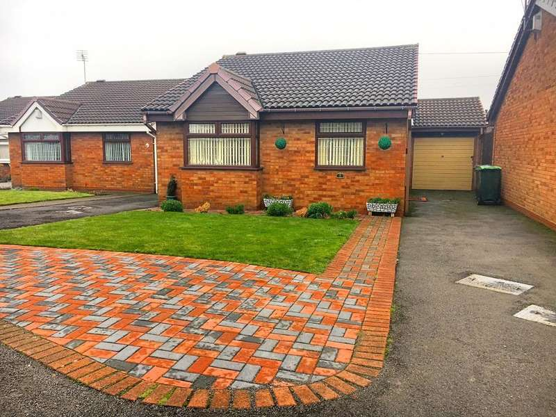 2 Bedrooms Bungalow for sale in SANDWELL ROAD NORTH, WEST BROMWICH, B71 4JB