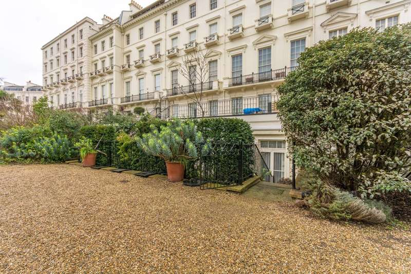 2 Bedrooms Flat for sale in Hyde Park Gardens, Hyde Park Square, W2