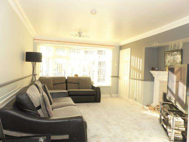 4 Bedrooms Semi Detached House for sale in Willmott Road,Four Oaks,Sutton Coldfield