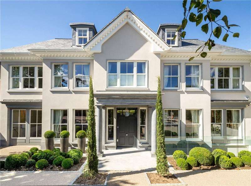 7 Bedrooms Detached House for sale in Roehampton Gate, Richmond, London, SW15