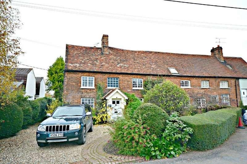 5 Bedrooms Semi Detached House for sale in Deynes Road, Debden, Saffron Walden, Essex
