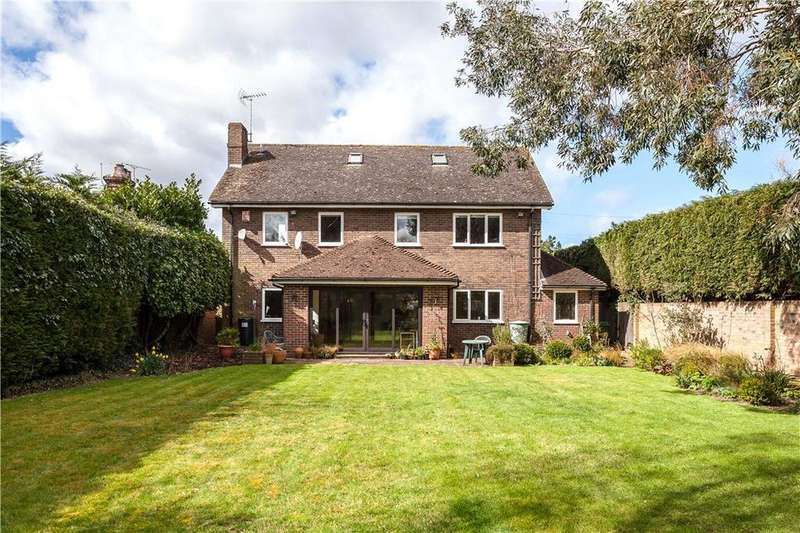 5 Bedrooms Detached House for sale in Collier Street, Tonbridge, Kent, TN12