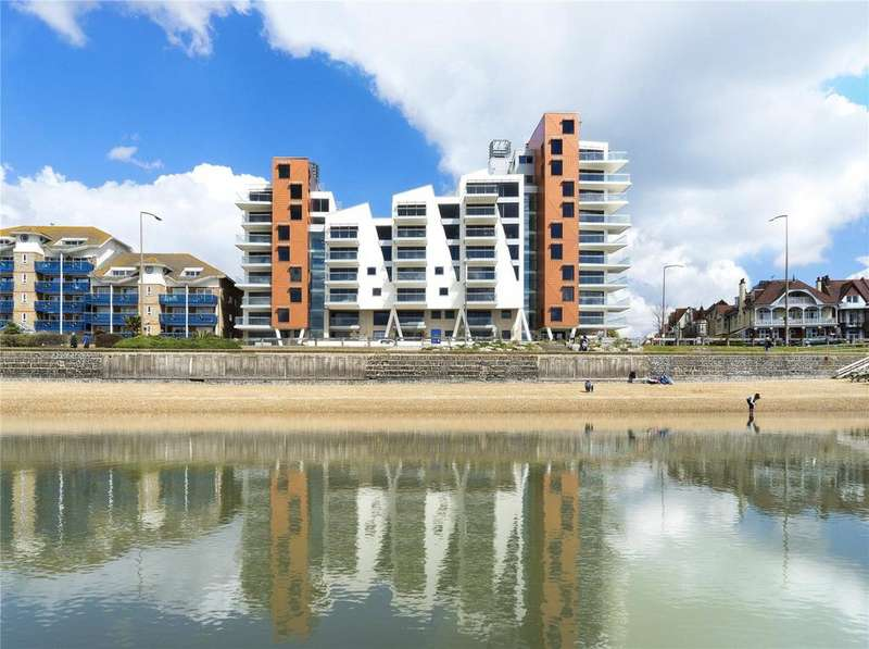 2 Bedrooms Flat for sale in E16 The Shore, 22-23 The Leas, Westcliff On Sea, Essex, SS0