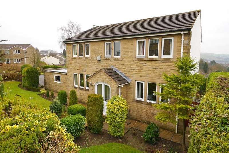 4 Bedrooms Detached House for sale in 15 Rockwood Drive, Skipton