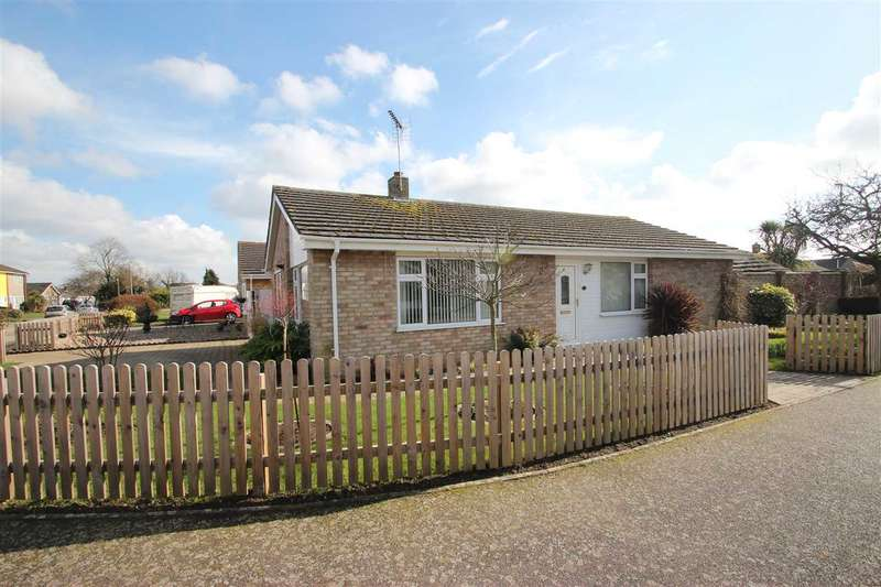 3 Bedrooms Bungalow for sale in Botanical Way, St. Osyth