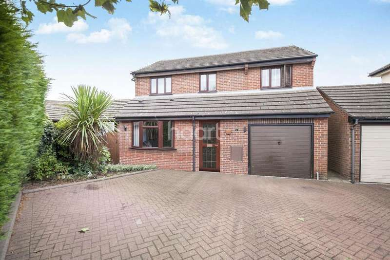 4 Bedrooms Detached House for sale in Ploughmans Headland, Stanway, CO3