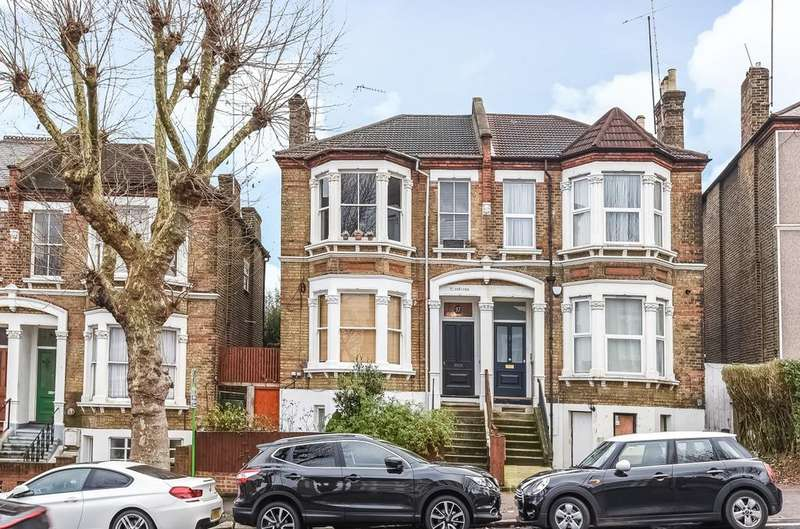 2 Bedrooms Flat for sale in Jerningham Road New Cross SE14