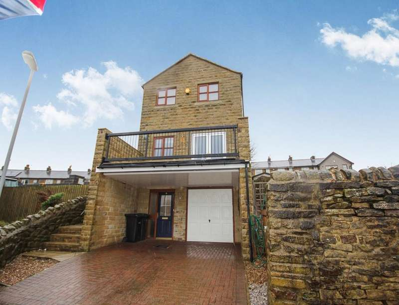 3 Bedrooms Detached House for sale in Stone House Fold, Oakworth, Keighley, BD22