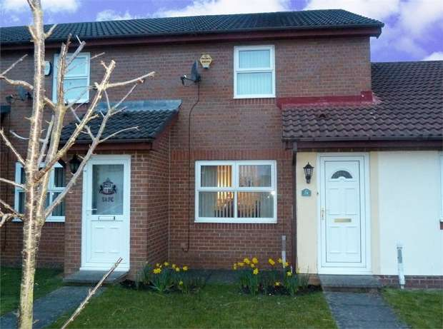 2 Bedrooms Terraced House for sale in Denby Close, Cramlington, Northumberland