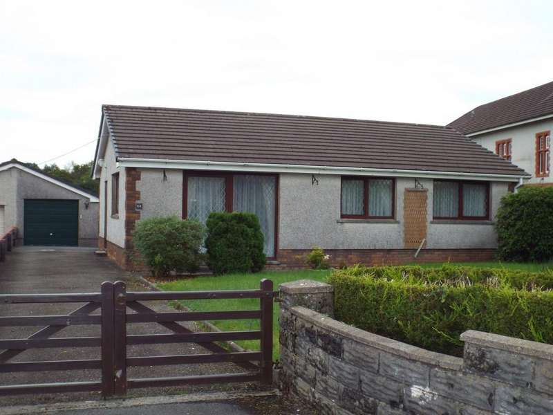 3 Bedrooms Detached Bungalow for sale in Heol Y Neuadd, Tumble, Tumble, Carmarthenshire