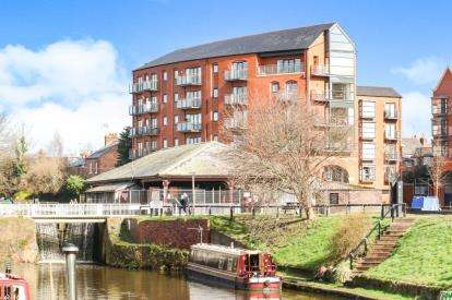 2 Bedrooms Flat for sale in Handbridge Square, Chester, Cheshire, CH1