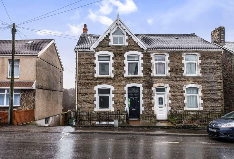 3 Bedrooms Semi Detached House for sale in Clydach Road, Ynystawe, Swansea
