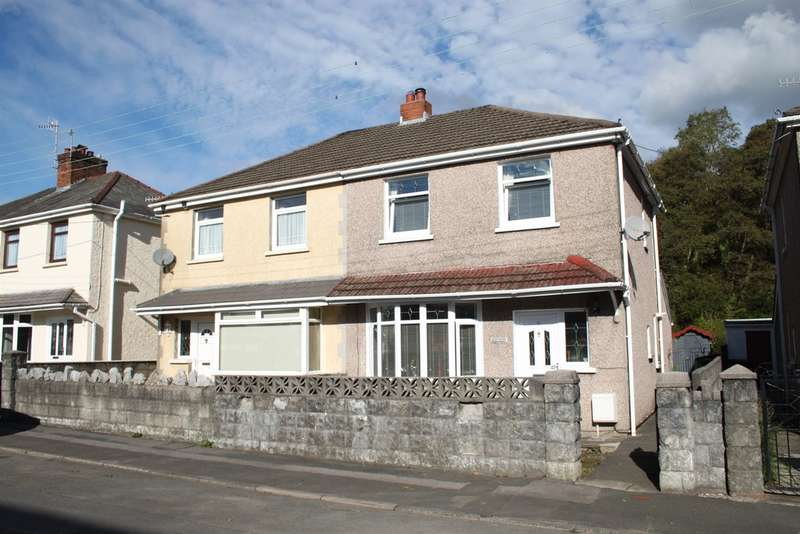 3 Bedrooms Semi Detached House for sale in Woodland Park, Glynneath, Neath