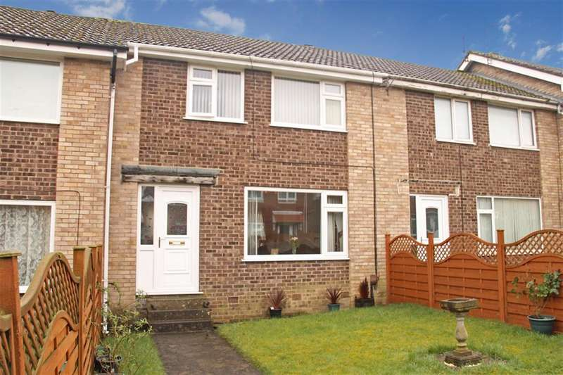 3 Bedrooms Terraced House for sale in Exeter Crescent, Harrogate, HG3 2TF