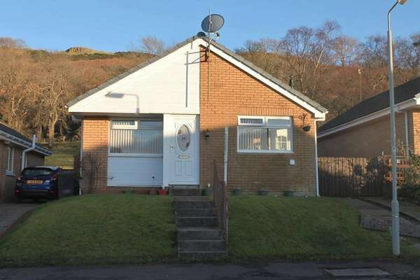 3 Bedrooms Detached Bungalow for sale in 10 Meadowbank Road, Largs, KA30 8HD
