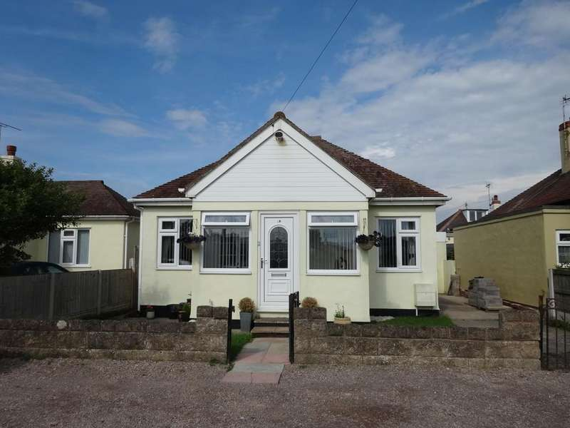 2 Bedrooms Detached Bungalow for sale in Woodside Avenue, Kinmel Bay