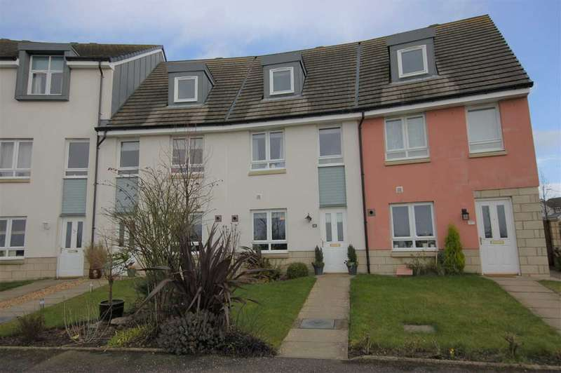 3 Bedrooms Town House for sale in Merlin Drive, Dunfermline