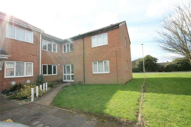 1 Bedroom Studio Flat for sale in Alburgh Close, Bedford