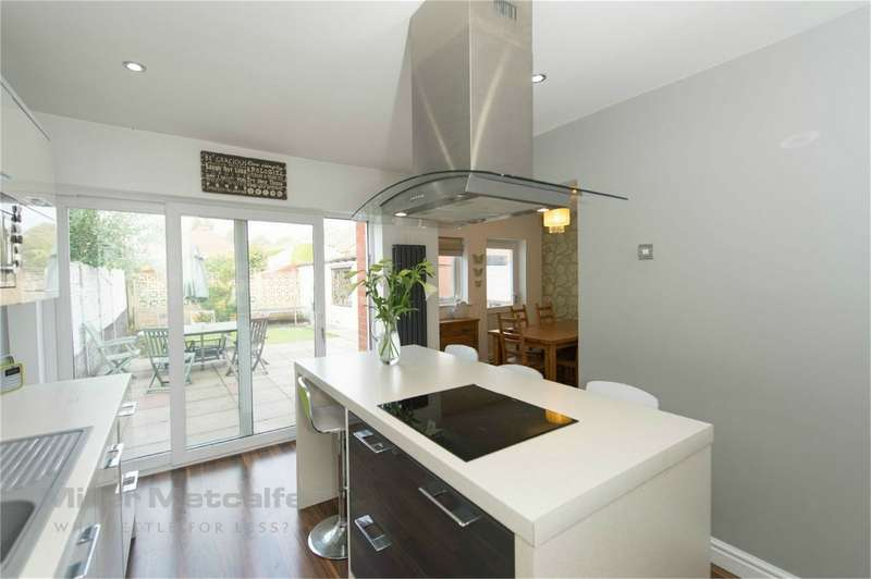 4 Bedrooms Semi Detached House for sale in Collingwood Road, Chorley, Lancashire
