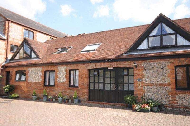 2 Bedrooms Retirement Property for sale in DORKING