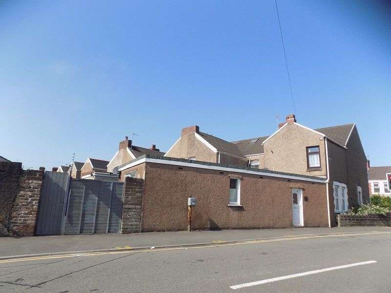 1 Bedroom Flat for sale in Victoria Road, Port Talbot, Neath Port Talbot. SA12 6AD