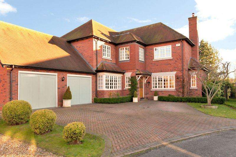 5 Bedrooms Detached House for sale in Loxley, Warwickshire