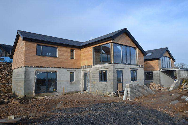 4 Bedrooms Detached House for sale in Carbis Bay, St Ives, Cornwall