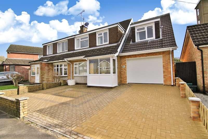4 Bedrooms Semi Detached House for sale in Millfield Drive, Cowbridge