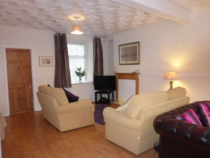 3 Bedrooms End Of Terrace House for sale in Caerau Road, Maesteg
