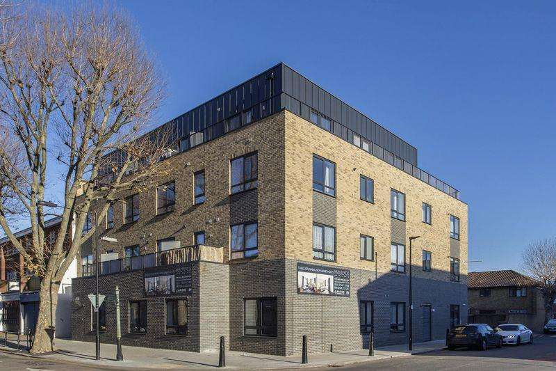 3 Bedrooms Apartment Flat for sale in Maltlock Apartments, Blair Street, Poplar E14