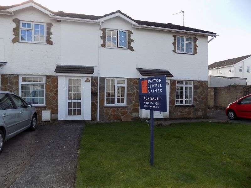 2 Bedrooms Terraced House for sale in Fox Hollows, Brackla, Bridgend. CF31 2NF
