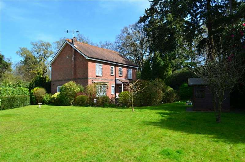 4 Bedrooms Detached House for sale in Roffey Park, Forest Road, Horsham, West Sussex, RH12