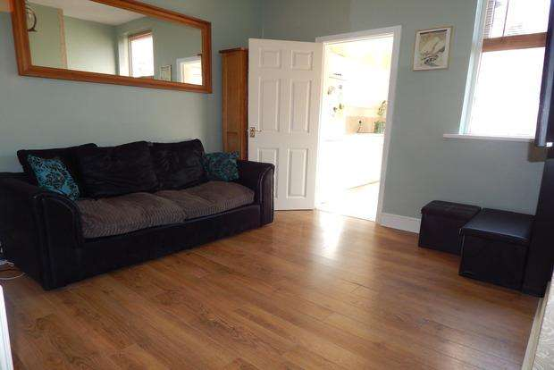 3 Bedrooms Terraced House for sale in Mafeking Street, Sneinton, Nottingham, NG2