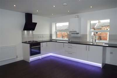 2 Bedrooms Flat for rent in Bolton Road, Atherton