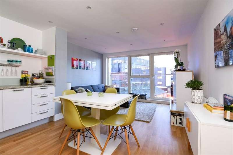 1 Bedroom Flat for sale in Sadlers Court, 30a Wilds Rents, London Bridge, SE1