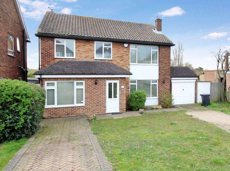 4 Bedrooms Detached House for sale in Shirley