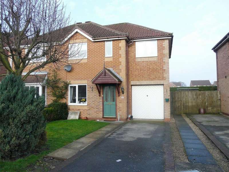 3 Bedrooms Semi Detached House for sale in Browning Road, Pocklington, York